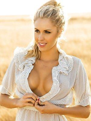 Playmate Miss July 2015